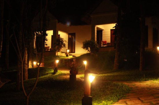 Niraamaya Retreats Cardamom Club - Thekkady: Cottages