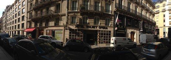 Volney Opera Hotel: Vue de la rue-panoramique