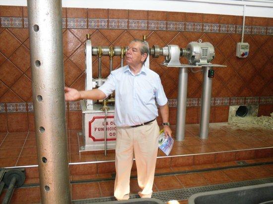 Nunez de Prado- Fabrica de Aceite de Oliva Ecologico: Seniorchef