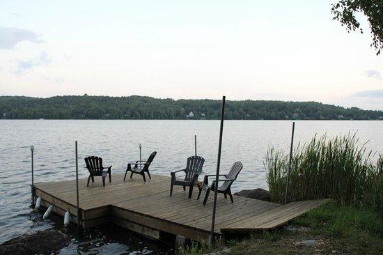 B&B Les Dames du Lac: le ponton