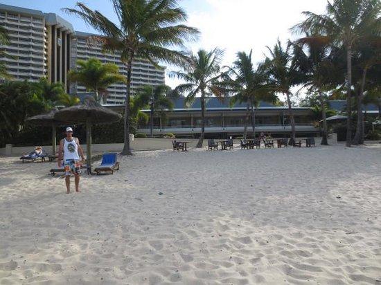 Beach Club: hotel from the beach