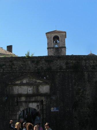 Northern Gate: North Gate