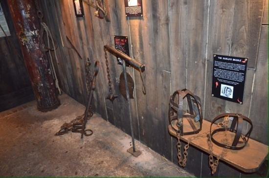 Clink Prison Museum: Pain & torture....