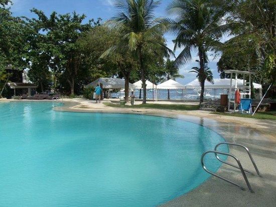 Cebu White Sands at Maribago Beach: 1