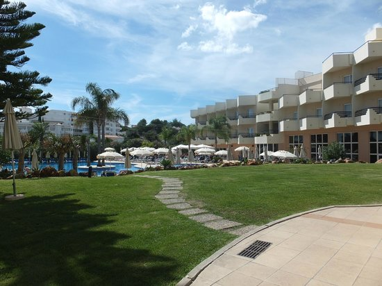 Vila Galé Náutico : Pool Area.