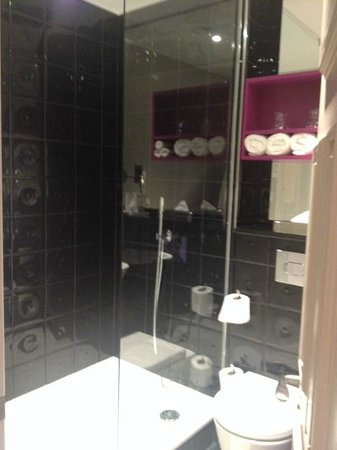 Hotel Indigo London Kensington: Baño