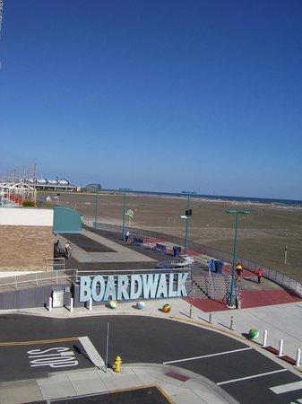 Adventurer Oceanfront Inn : View of the Boardwalk from the Ocean front suite.