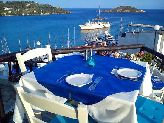 The Windmill Restaurant: The perfect view..