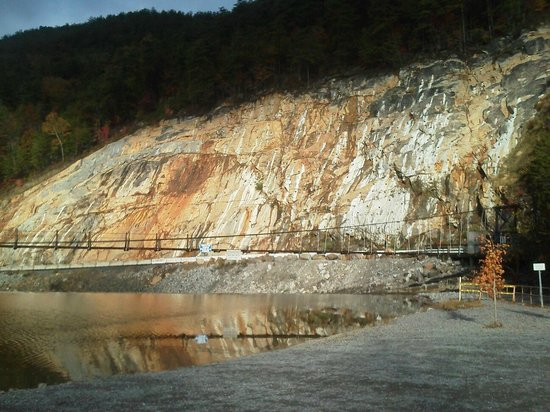 Cherokee National Forest: Site of Ocoee #2 dam and rockslide