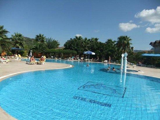 Hotel Keskin Dalyan: The largest of 3 pools