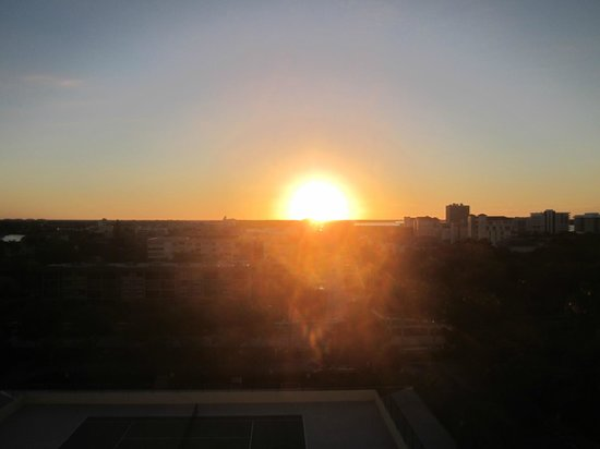 Apollo Condominiums: Sunrise