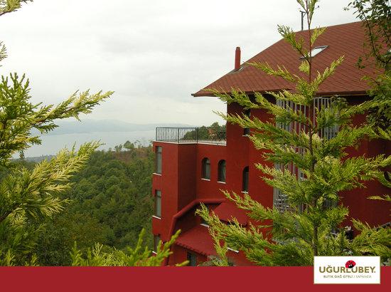 Ugurlubey Butik Dag Oteli