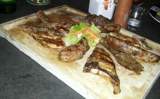 La Parrillada Steak House : La Parrillada por dos ! Fantastica.