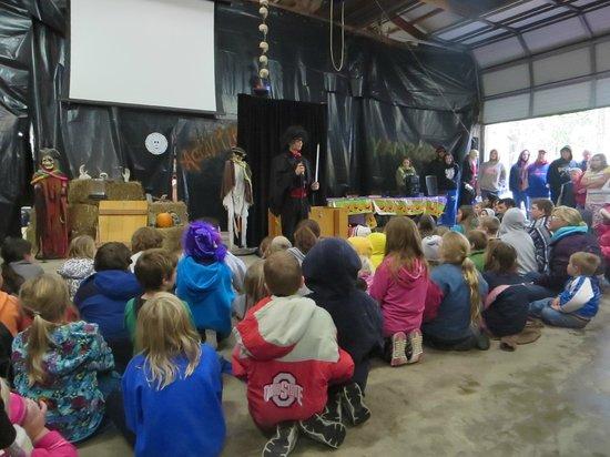 Monroe County/Toledo North KOA : Magic show entertained the kids