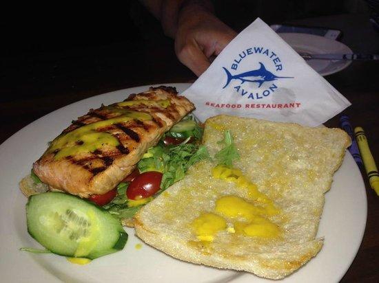 Bluewater Avalon Seafood Restaurant: Grilled Salmon Sandwich