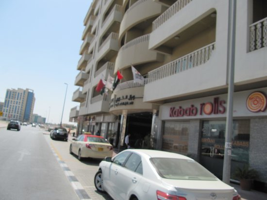 Al Khoory Hotel Apartments: Outside of Hotel