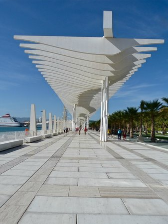 Hotel Riu Nautilus: The Harbour in Malaga
