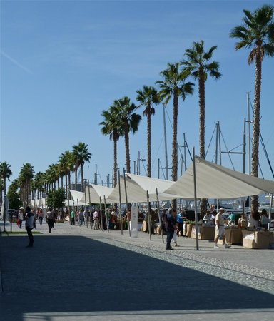 Hotel Riu Nautilus: The Market at the Harbour in Malaga