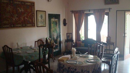 Rawla Rawatstar: Dining Hall