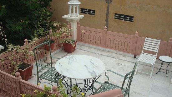 Rawla Rawatstar: Open Dining Area
