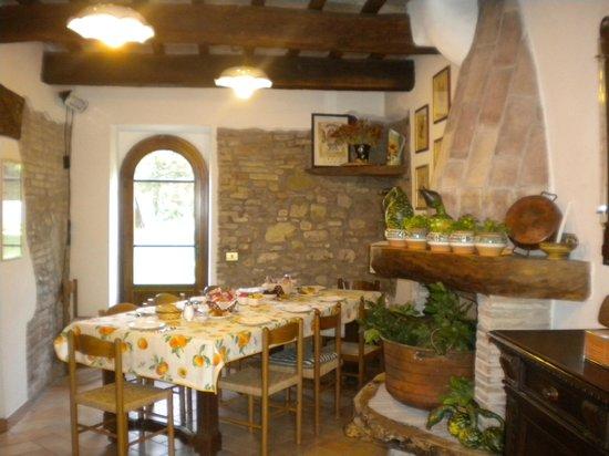 Agriturismo Manzoni : sala colazioni