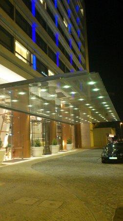 EPIC SANA Lisboa Hotel : indgang
