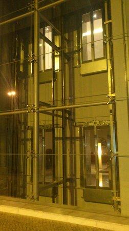 EPIC SANA Lisboa Hotel : elevatoren