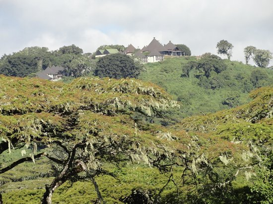 Ngorongoro Sopa Lodge: View of the hotel from afar