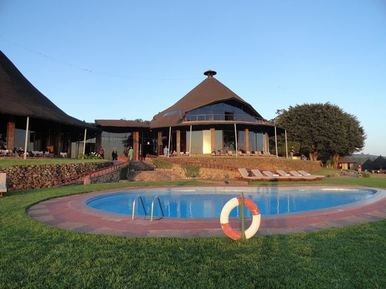 Ngorongoro Sopa Lodge: the main buildings 2 restaurants