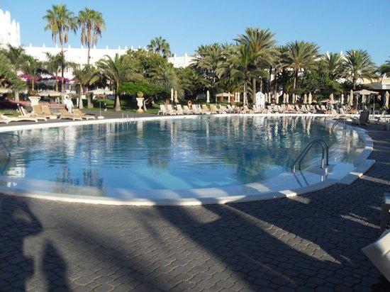 Hotel Riu Palace Meloneras Resort: piscine