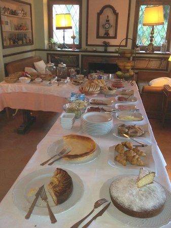 Masia del Montseny Hotel: El desayuno es muy variado y está muy rico
