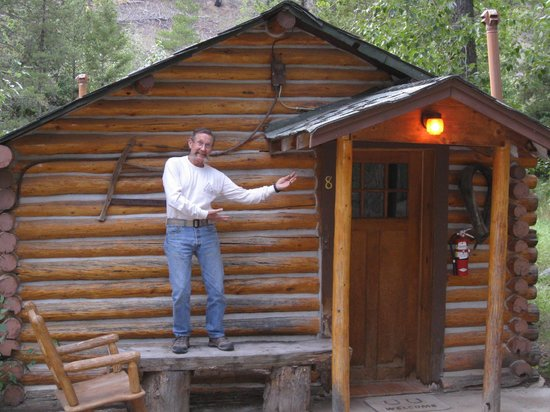 Absaroka Mountain Lodge: Our cabin