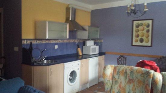 Apartamentos Alquitara: cocina