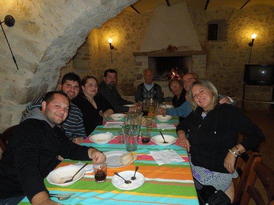 Agriturismo Le Sorgenti : noi a cena (molto felici)
