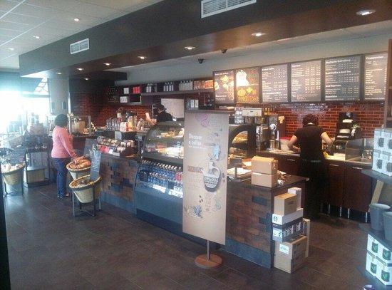 Starbucks: Lobby