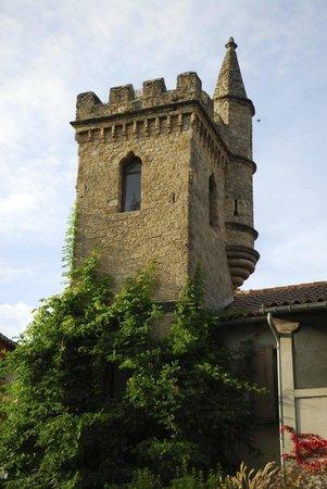 Hotel Restaurant Chateau de Creissels: Chateau tower
