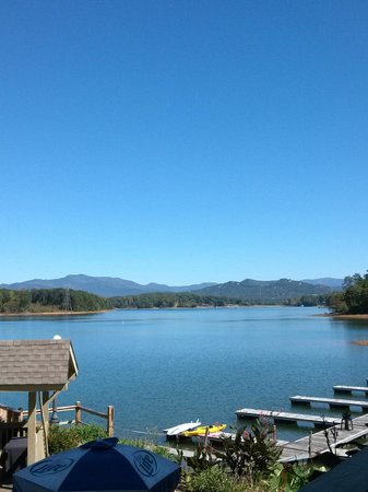 The Blue Otter Restaurant and Sports Bar: View from the Blue Otter porch