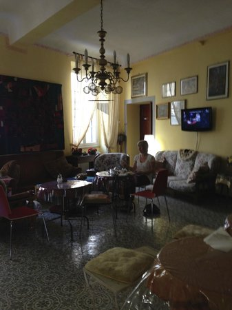 Bed & Breakfast La Gemma di Elena: Breakfast dining rom