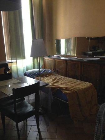 Bed & Breakfast La Gemma di Elena: 'Twin' Bed!