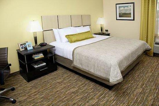 Candlewood Suites Plano-Frisco: Bedroom