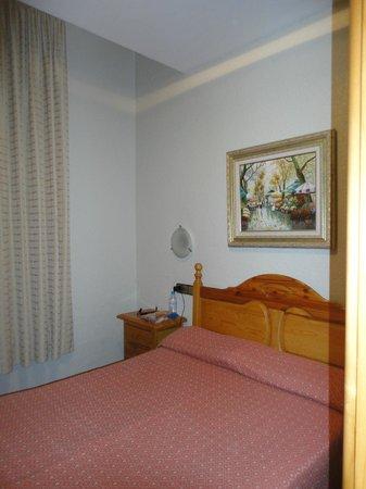 Hotel Pelayo: Camera da letto