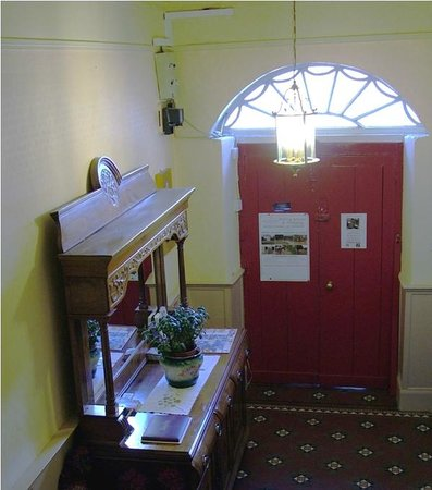 Cashel Town Bed and Breakfast: Our Hall
