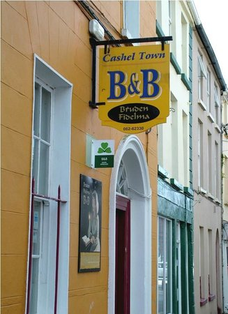 Cashel Town Bed and Breakfast: Our Front Door