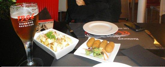 Tapas Locas: Tapas+Patate con salsa della casa