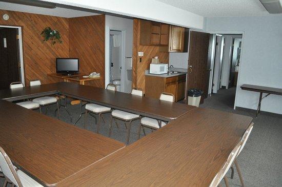 Sundowner Station Motel: Large meeting room