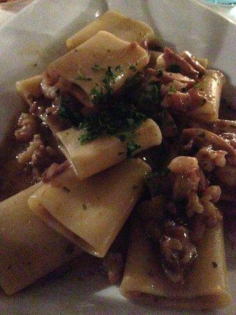 La Botte: Pasta funghi e gamberetti.