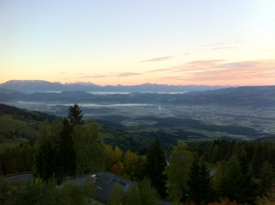 Alpenhotel Ozon Wolfgruber: Вид с балкона
