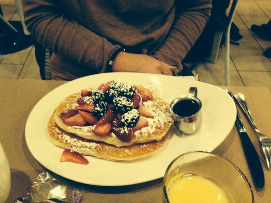 OEB Breakfast Co.: Try the yummy pancakes, fruit & maple syrup!