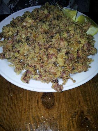 Avenida Restaurante: puntillas di calamari fritti