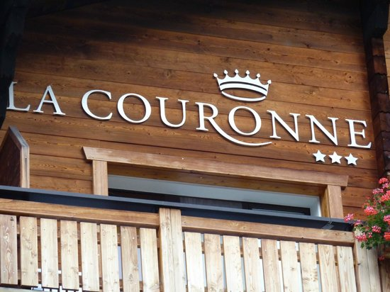 Hotel La Couronne : Façade